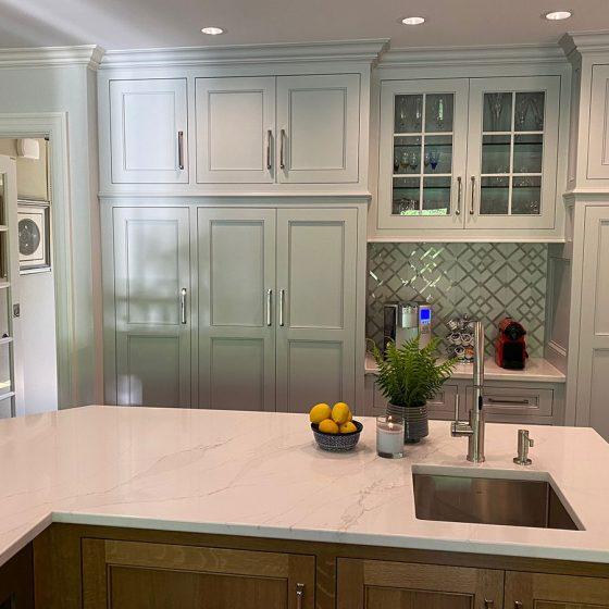 Extensive built-in kitchen storage